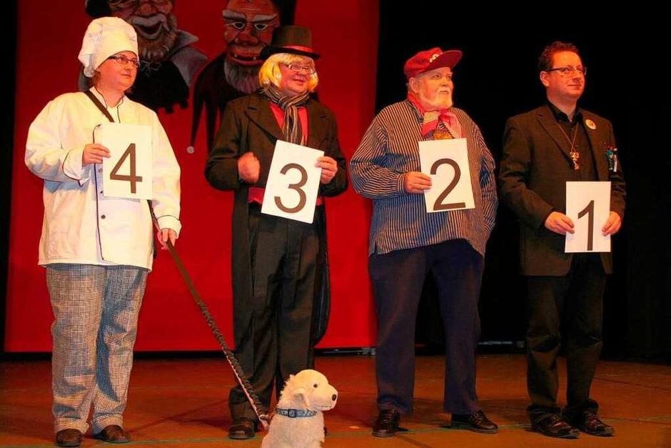 Der Wahlkampf 2014. Zur Wahl standen diese vier Kandidaten (von links): Sunneferdi, Dr. Dr Fliegenmark, Coach und der Amtsinhaber. (Foto: Karin Heiß)