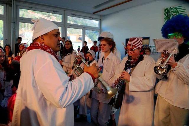 Fotos: Schmutziger Dunnschtig in Grenzach-Wyhlen