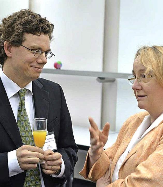 Tobias Huber im Gespräch mit MdL Theresia Bauer   | Foto: privat