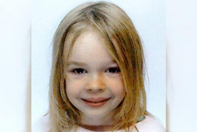 FRAGEBOGEN: Laura, 9 Jahre, Freiburg