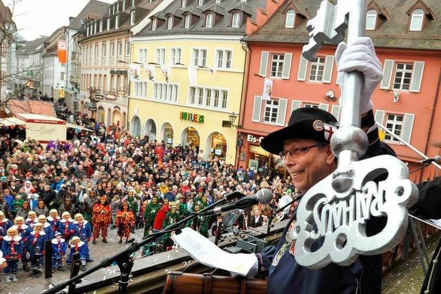Fotos: Rathaussturm in Freiburg
