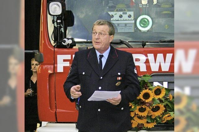 Feuerwehr muss ausgestattet sein