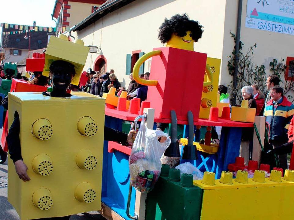 Eine weitere Gruppe war als Legosteine unterwegs  | Foto: Mario Schöneberg