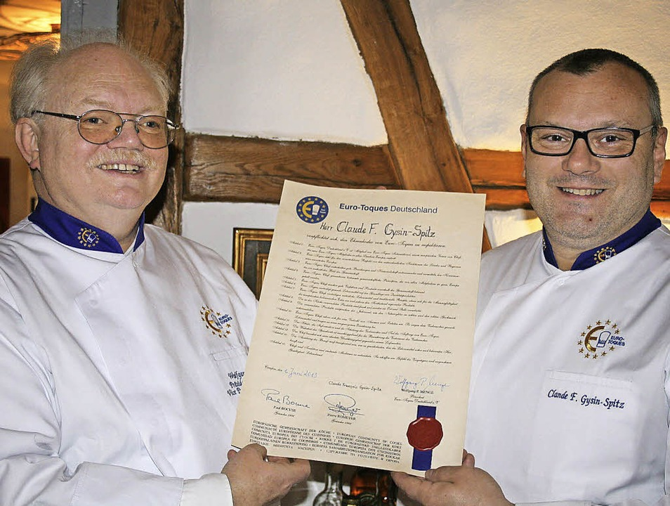 """Euro-Toques"" Präsident Wo...-Spitz das Zertifikat. Foto: Ines Bode    Foto: Ines Bode"