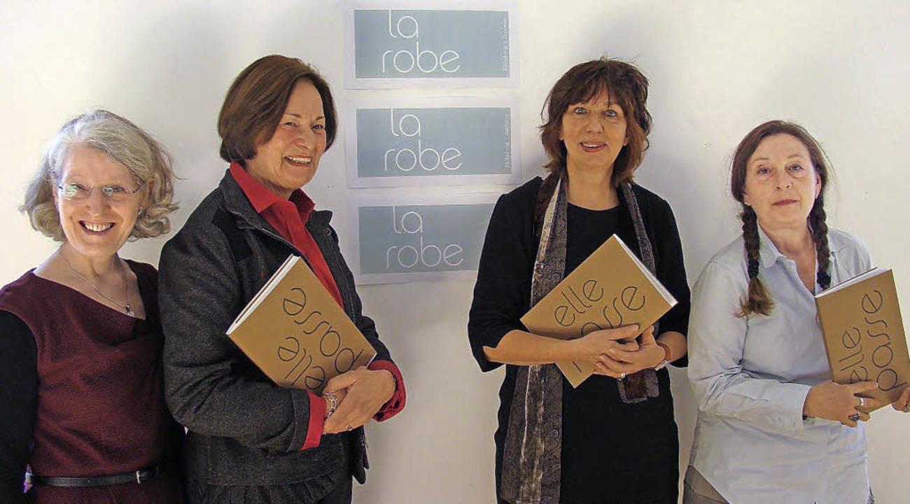 Aktiv am Frauentag (von links): Regina...tschule) und Marie Dréa (Künstlerin).   | Foto: susanne ramm-weber