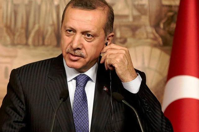 Türkei: Erdogan droht mit Facebook-Verbot