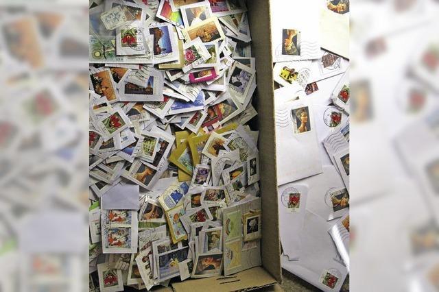 Die Post sammelt alte Briefmarken