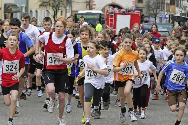 Frühlingslauf lockt Läufer nach Sulzburg