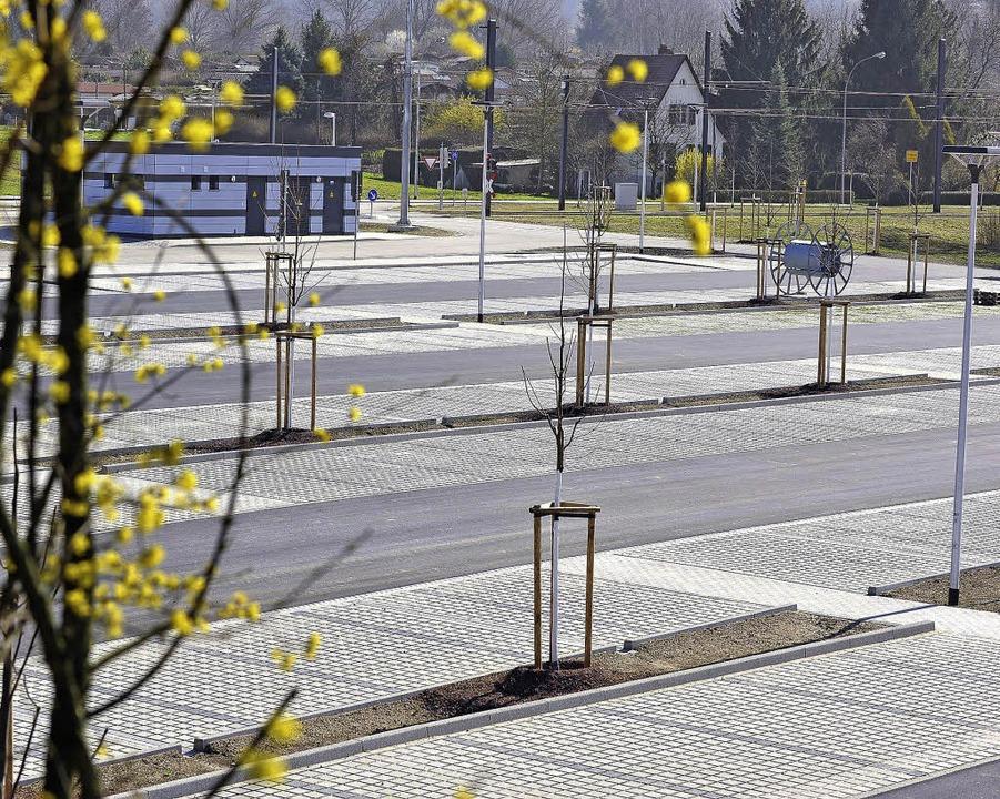 Parken für Pendler: An der Wendeschleife gibt es 350 neue Park-and-Ride-Plätze.  | Foto: Rita Eggstein
