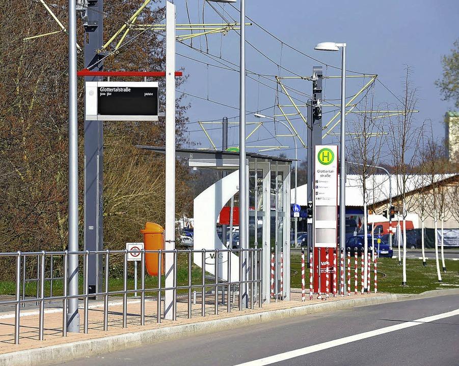 Alles barrierefrei: Auch die neue Haltestelle Glottertalstraße.  | Foto: Rita Eggstein