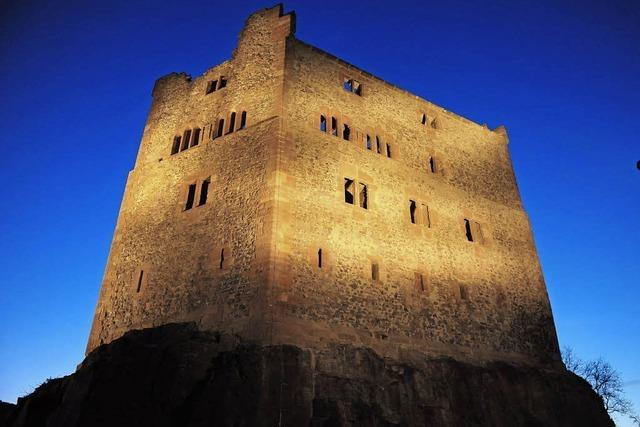 Augenweide bei Nacht - Burg Hohengeroldseck wird neu beleuchtet