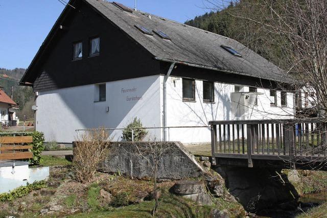 Feuerwehrhaus für Dorfgemeinschaft