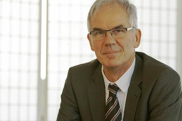 Ebringen: Rainer Mosbach bleibt Bürgermeister