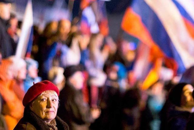 Moskau leitet Annexion der Krim ein