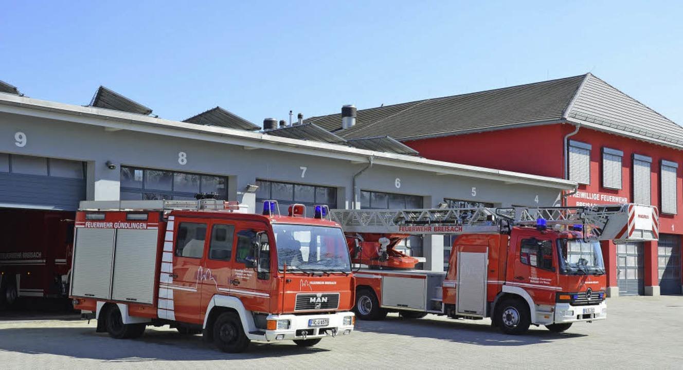 Am Feuerwehrhaus in Breisach müssen 8 ...einige Reparaturen vorgenommen werden.  | Foto: Thomas rhenisch