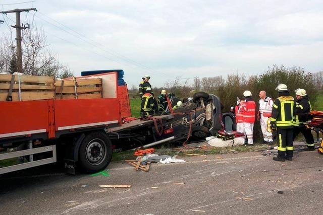 Schwerer Unfall bei Elgersweier – B33 zeitweise voll gesperrt