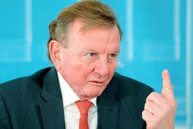 Grün-Rot stützt Claus Schmiedel in seiner Steueraffäre