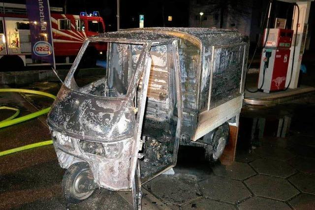 Autowerkstatt brennt aus - 100.000 Euro Schaden