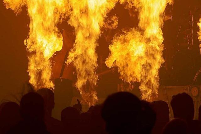BZ-Interview: Feuerwehrmann über Pyro-Effekte
