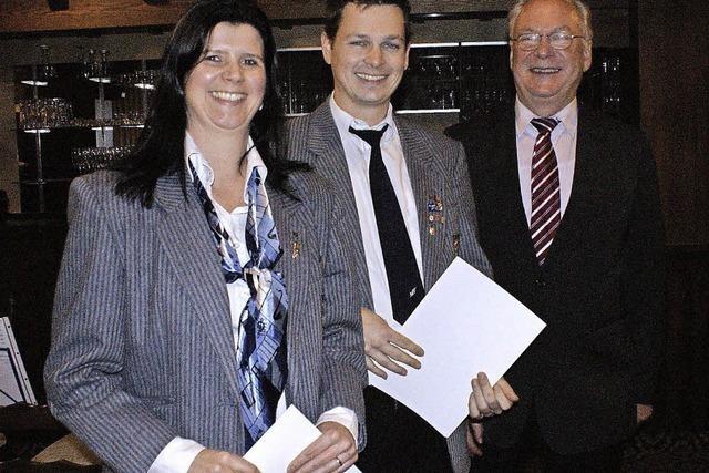 Verband ehrt Saskia L'Ocasso und Stephan Klingele
