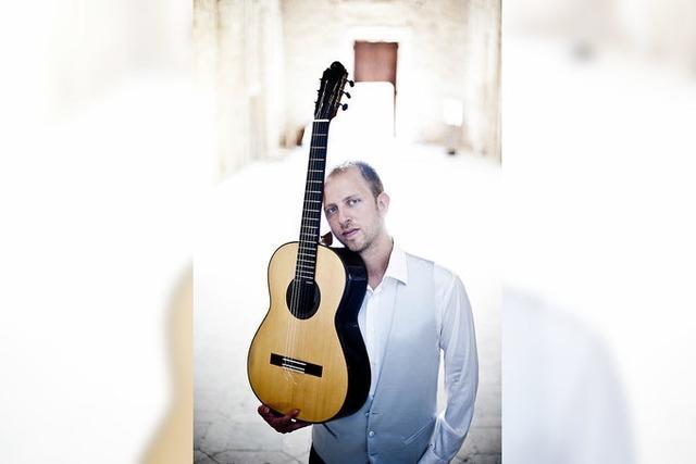 Der italienische Gitarrist Marco Bartoli spielt in der Kumedi in Riegel