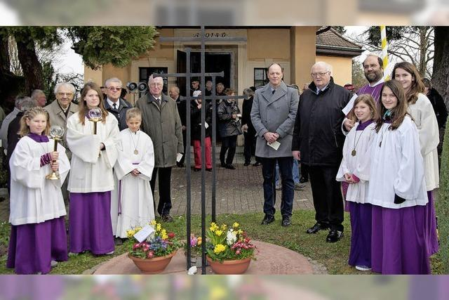 Doppeltes Gedenken in Holzhausen