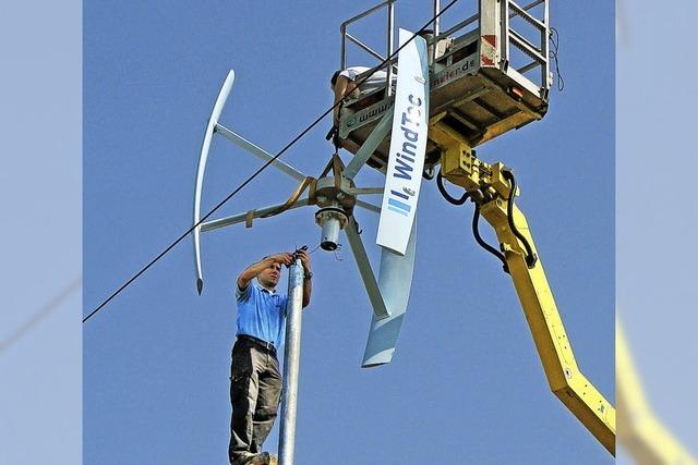 Private Windkraftanlage produziert sauberen Strom