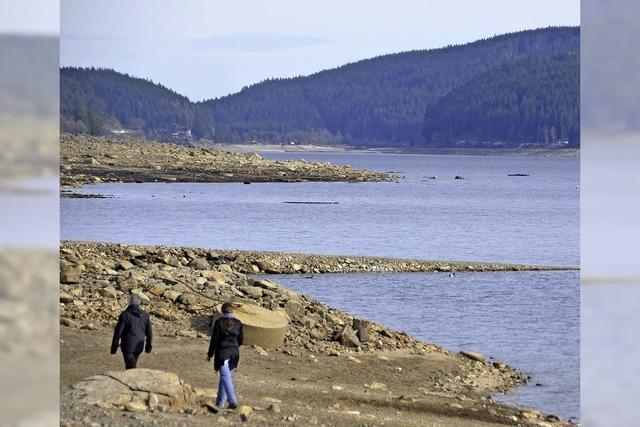 Wassertiefstand offenbart versunkene Landschaft