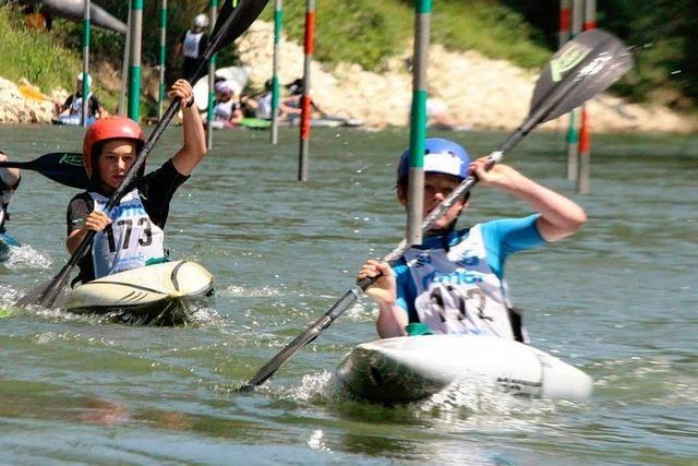 Mehr als 100 Sportler beim Kanuslalom in Kollnau