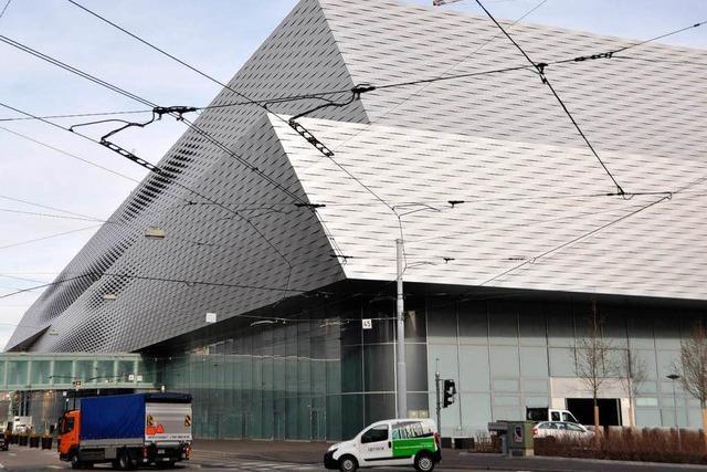 Neue Hallen beflügeln das Geschäft