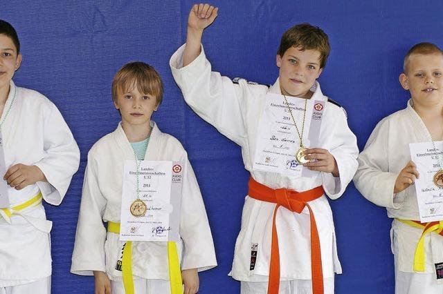 Hausener Judoka stehen auf dem Siegerpodest
