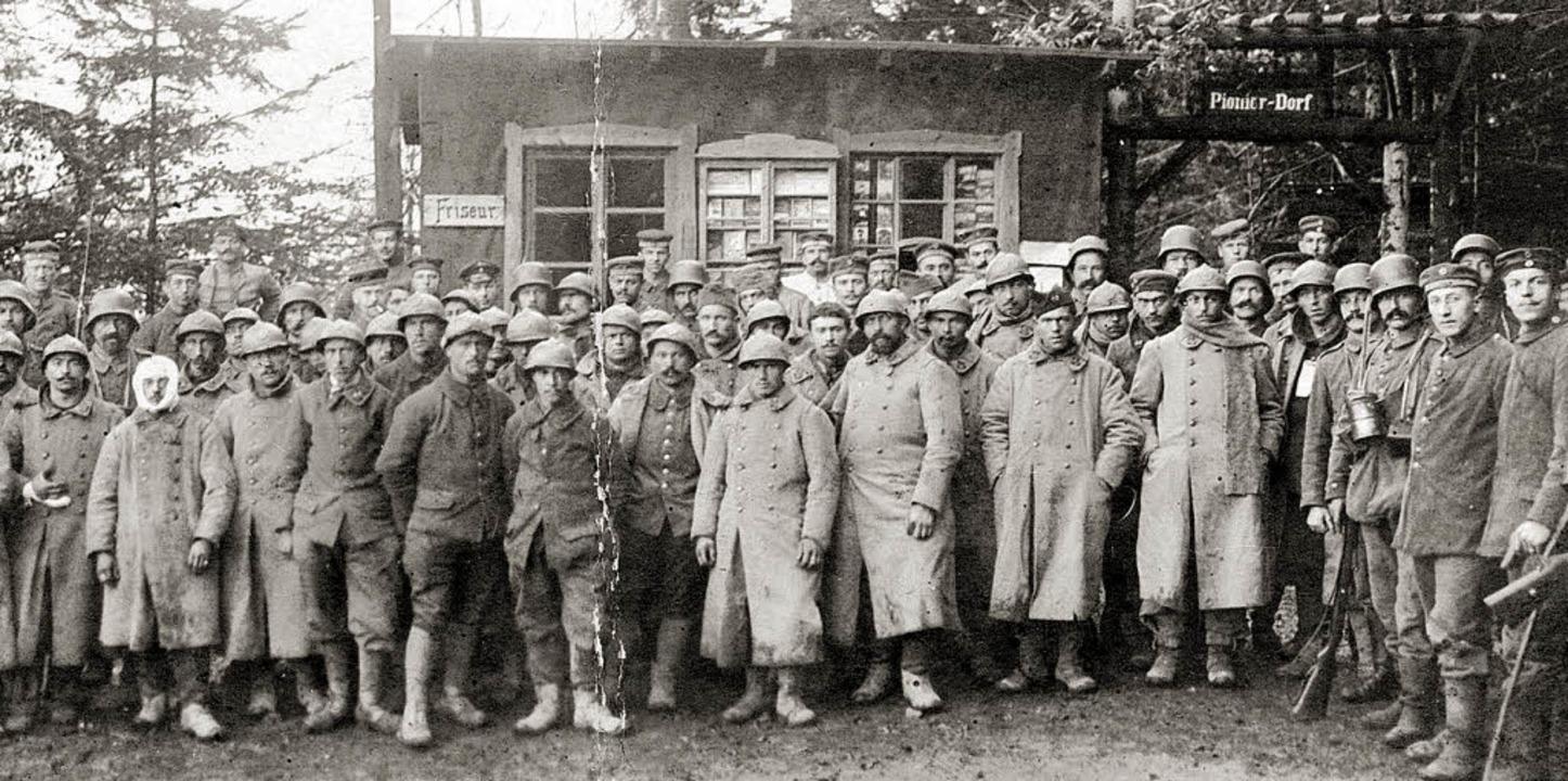 Französische Gefangene und ihre deutsc... am Hartmannsweilerkopf  im Jahr 1917.    Foto: GLA/Nückles