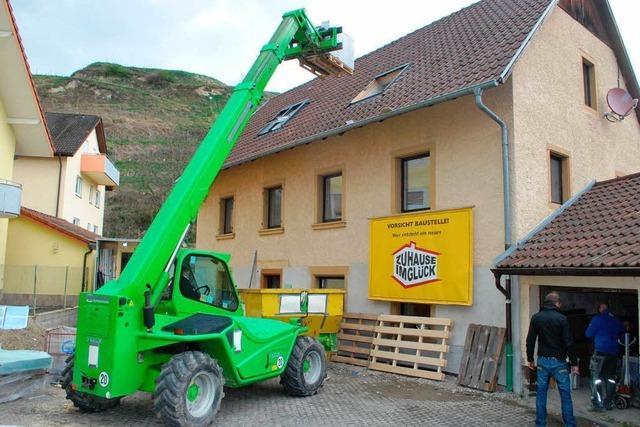 Fernsehsender hilft Oberbergener Familie beim Umbau