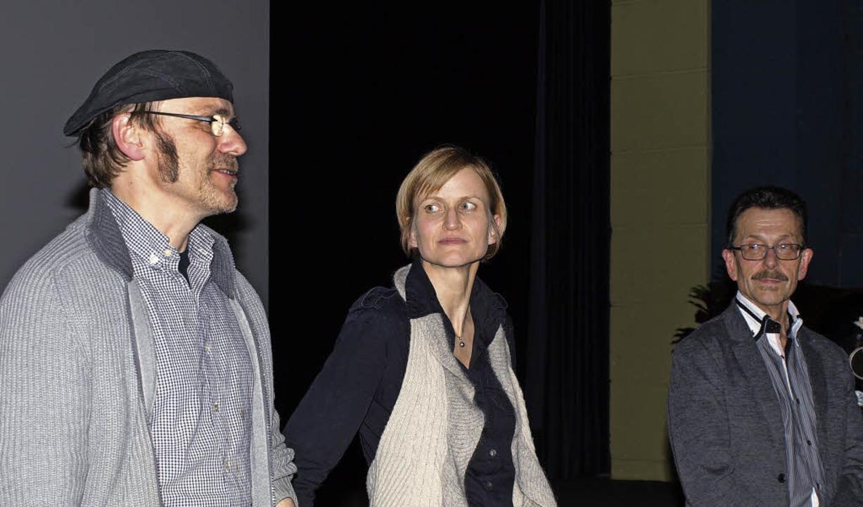 Kameramann         Carsten Wald, Regis...tellten sich den Fragen des Publikums   | Foto: Marion Pfordt / dpa