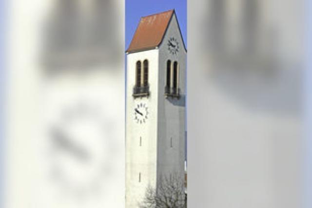 Eine Kirche, zwei Uhrzeiten