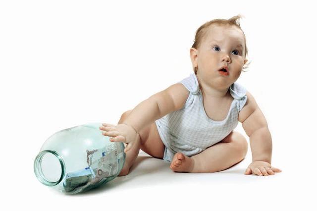 Sparen für Kinder und Minderjährige - worauf Eltern und Großeltern achten sollten