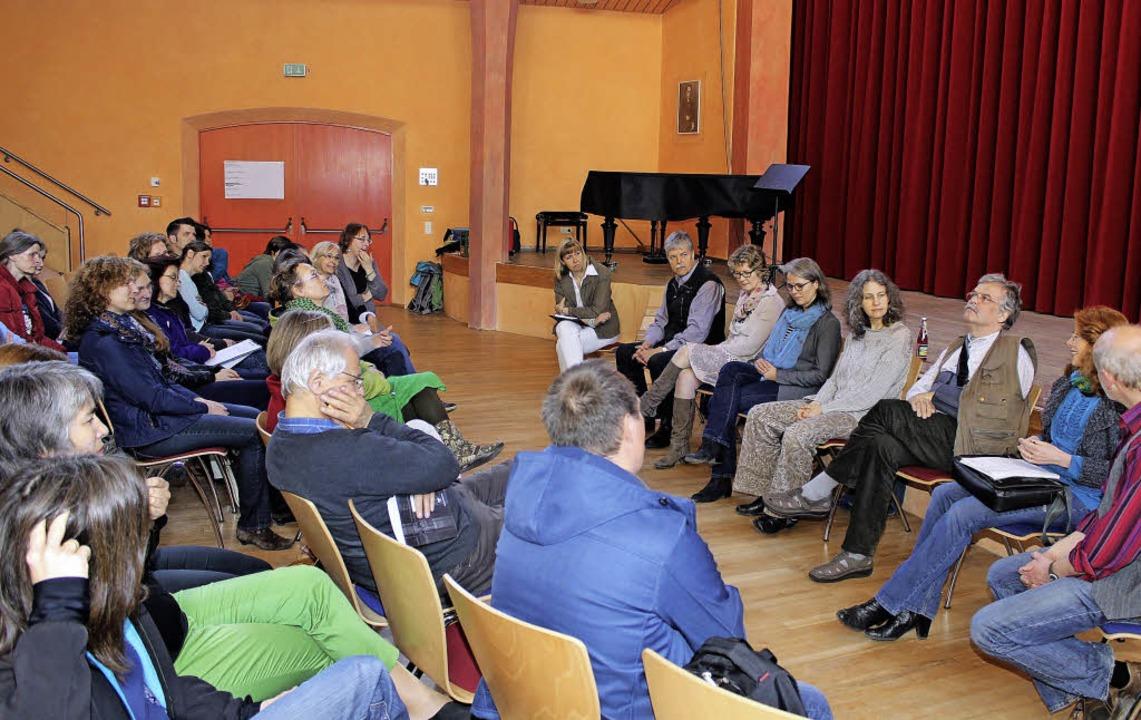 Eine Tagung an der Schopfheimer Waldor...sich einig: Ein langwieriger Prozess.   | Foto: Anja Bertsch