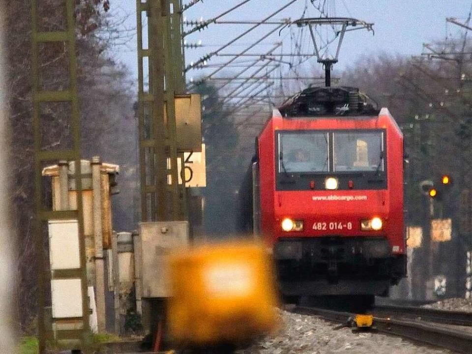 Güterzug im Rheintal  | Foto: gollrad