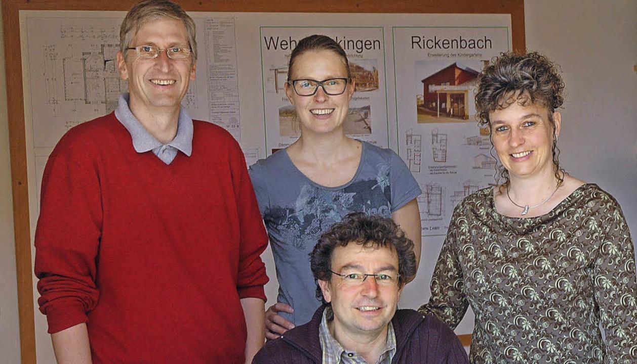 Architekt Martin Lauber (vorn) und sei... Knaus und seine Ehefrau Birgit Lauber    Foto: Stefan Sahli
