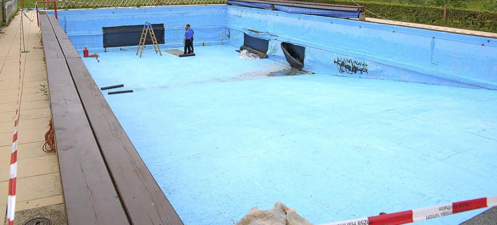 Viel ehrenamtliche Arbeit steckt im Todtnauberger Bad (wie hier im Jahr 2011).  | Foto: Jäger