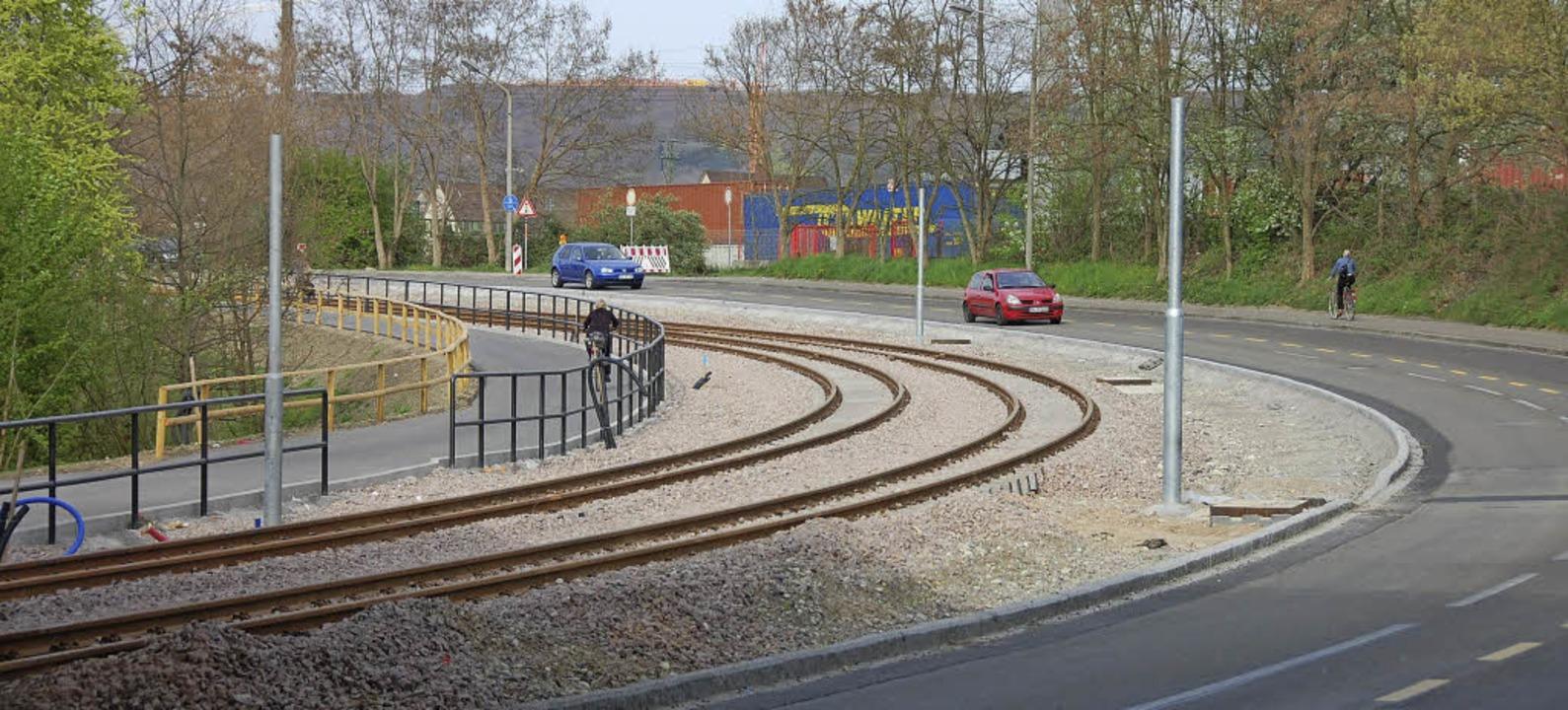 Die Verlängerung der Basler Tram nach ...lomerationsprogramm ermöglicht wurde.     Foto: Herbert Frey