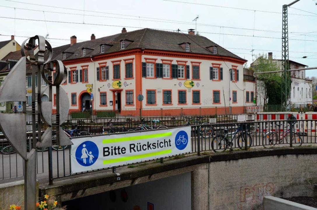 Das denkmalgeschützte Gasthaus Shamroc...s) wurden jetzt von der Stadt gekauft.  | Foto: Gerhard Walser