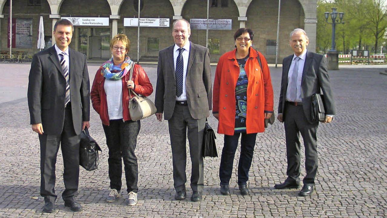 Zu den vielen Teilnehmern aus dem Brei...t Rausch (Mitte) vom VdK Emmendingen.   | Foto: Gustav Rinklin