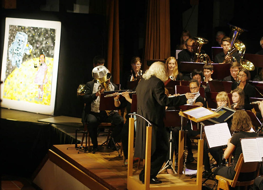 Bilder zur Musik, Musik zu Bildern faszinieren die Besucher.  | Foto: Heidi Foessel
