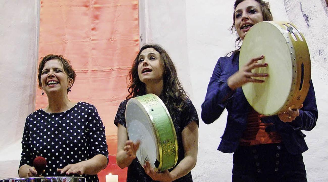 Karine Berny, Laetitia Dutech, Helene ...a malle coifée aus Aude in Frankreich   | Foto: Martina David-Wenk