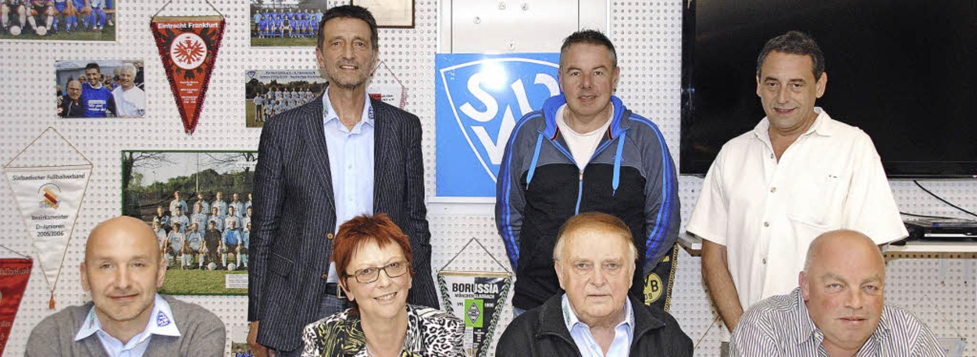 Sie leiten den SV Weil: hinten von lin...Dieter Reinbold und Bernd Vogtsberger   | Foto: Sedlak