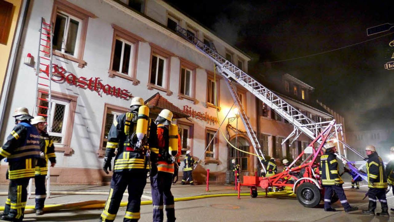 Die Feuerwehren konnten den Brand rasch löschen.  | Foto: Patrick Kerber