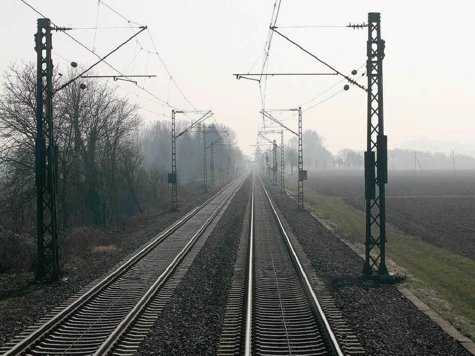 Auf der Rheintalstrecke im Markgräfler... nichts – wegen einer Baustelle.  | Foto: Bastian Henning