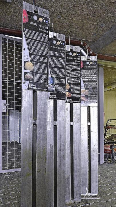 Statt an der Dreisam stehen die  Tafeln im Keller.      Foto: M. Bamberger