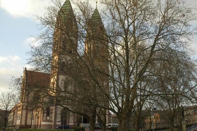 Zwei Raubüberfälle am Rande des Stühlinger Kirchplatzes
